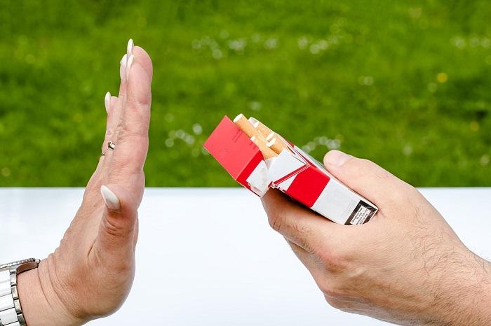 help husband quit smoking